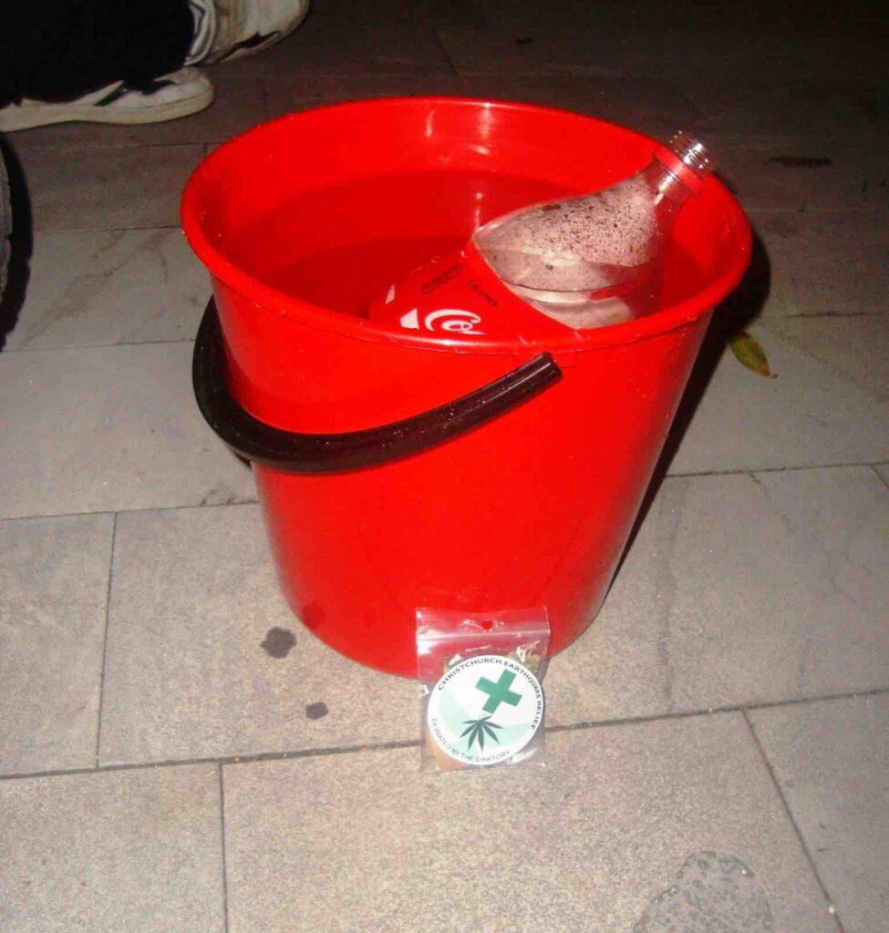 bucket-bong-classic