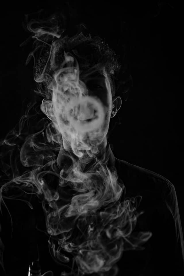 how to blow o smoke ring